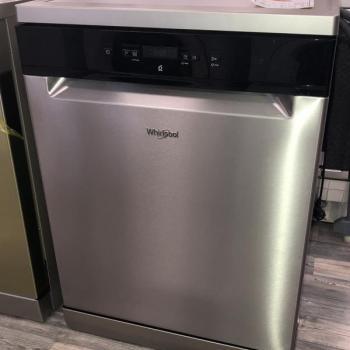 Lave vaisselle Whirlpool 14 couverts A++ 8 programmes tiroir à couvert